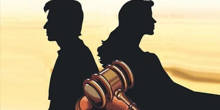 Judges decide for spouses: stay back, don't leave